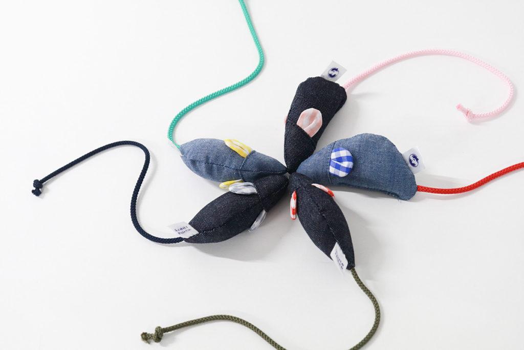 【info.】「はぎれネズミ大作戦」に参画、製造過程で出るはぎれを使用した猫用おもちゃを製造しました